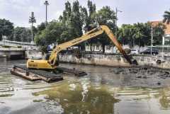 BPBD DKI pastikan evakuasi korban banjir tetap terapkan prokes